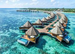 Mercure Maldives Kooddoo Resort - Maamendhoo - Building