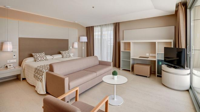 Hipotels Gran Playa De Palma - Palma de Mallorca - Bedroom