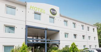 B&B Hotel Rennes Sud Chantepie - Rennes - Byggnad