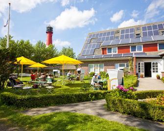 Hotel Landhaus Leuchtfeuer Nordseeinsel Pellworm - Pellworm - Gebäude