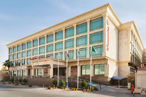 Ramada by Wyndham Riyadh - Riad - Gebäude