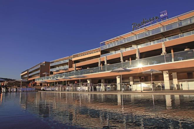 Radisson Blu Resort & Spa, Ajaccio Bay - Ajaccio - Edificio