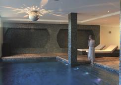 阿雅丘灣麗笙 Spa 度假酒店 - 阿爾畢崔西亞 - 阿雅克修 - 游泳池