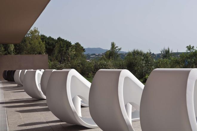 Radisson Blu Resort & Spa, Ajaccio Bay - Ajaccio - Balcony