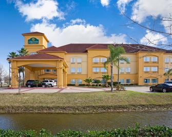 La Quinta Inn & Suites by Wyndham Pearland - Houston South - Pearland - Gebäude