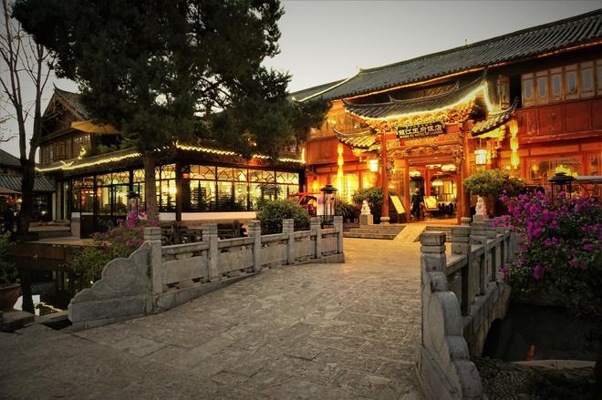 Lijiang Wangfu Hotel - Lijiang - Outdoors view