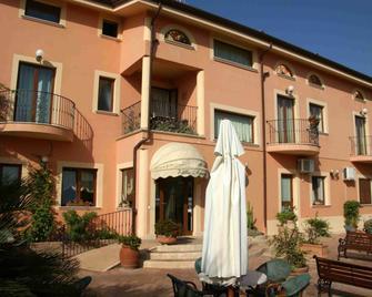 Villa Aurora - Le Castella - Gebäude