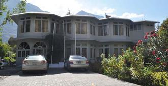 Hotel Riveria - Gilgit