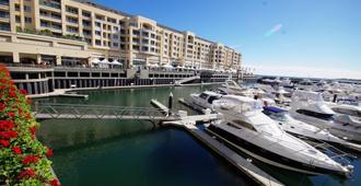 Ensenada Motor Inn and Suites - Glenelg - Outdoors view