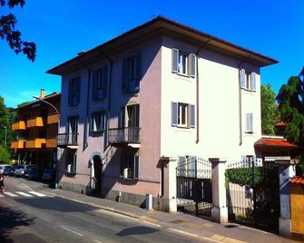 La Gare - Magenta - Gebäude