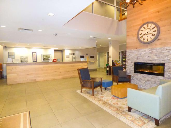 Country Inn & Suites by Radisson, Orlando, FL - Orlando - Front desk