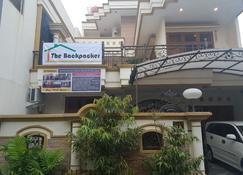 The Backpacker Semarang - Semarang - Cảnh ngoài trời