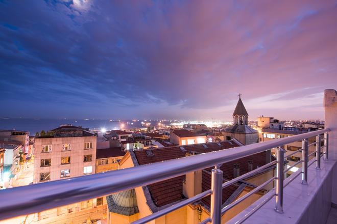 Oban Suites Istanbul - อิสตันบูล - ระเบียง
