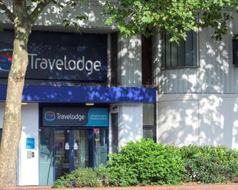 Travelodge Kingston Upon Thames Central - Kingston upon Thames - Building