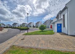 Lough Currane Holiday Homes - Waterville - Außenansicht