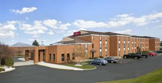 Ramada by Wyndham Canton/Hall of Fame - Canton