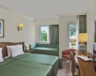 Akka Claros Hotel - Kiris - Bedroom