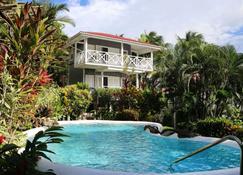 Oasis Marigot Hotel & Villas - Marigot Bay - Piscina