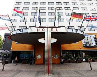 Quality Hotel Grand Boras - Borås - Building