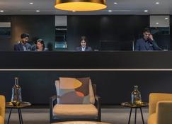 Oaks Melbourne Southbank Suites - Melbourne