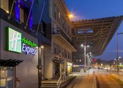 Holiday Inn Express Amiens - Amiens - Building