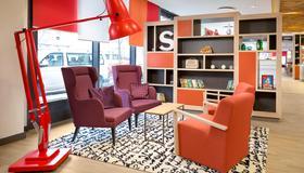 Holiday Inn Berlin - City East Side - Berlin - Lounge
