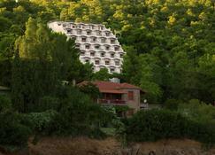 Panorama Apartments - Póros - Vista del exterior