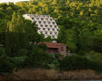 Panorama Apartments - Póros - Outdoor view