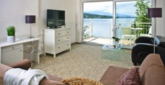Seehotel Dr. Jilly - Portschach am Wörthersee - Living room