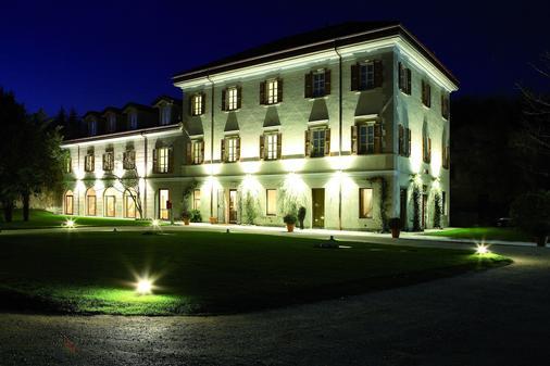 瓦雷澤藝術酒店 - 瓦雷斯 - 瓦雷澤 - 建築