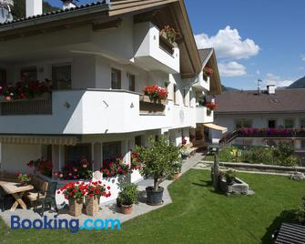 XL Appartements Steinhaus - Valle Aurina/Ahrntal - Building