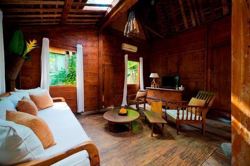 Kalapa Resort And Yoga Retreat - North Kuta - Phòng khách