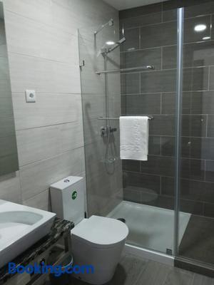 Baleal 4 Surf - Ferrel - Bathroom