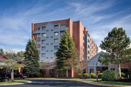 DoubleTree by Hilton Leominster - Leominster - Building