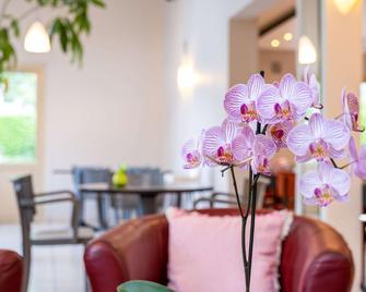 Comfort Hotel Grenoble Meylan - Meylan - Lobby