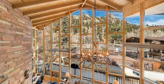 Nicky's Resort - Estes Park - Phòng ngủ