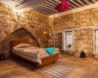 Nzar Khoury for Hosting - Akko - Bedroom