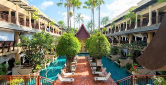 Burasari Phuket Resort & Spa - Patong - Building
