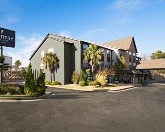 Country Inn & Suites by Radisson Atlanta I-75, SO - Morrow - Building