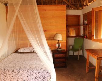 Cafe Maya-Casa Acalli Restaurant & Hotel - Zipolite - Bedroom
