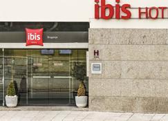 Ibis Braganca - Bragança - Budynek
