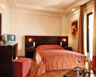 Eva Mare Hotel & Suites - Adults Only - Agia Pelagia - Bedroom