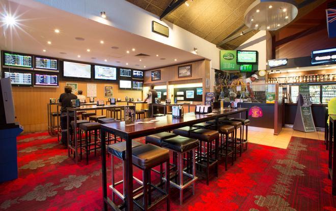 Glenmore Tavern - Rockhampton - Bar