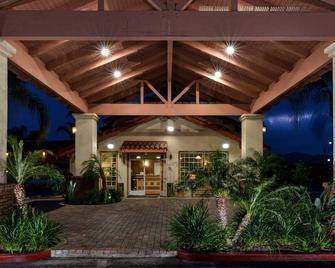 Best Western Capistrano Inn - San Juan Capistrano - Gebäude