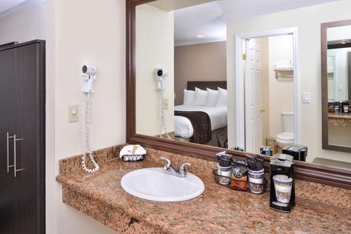 Best Western Capistrano Inn - San Juan Capistrano - Bathroom