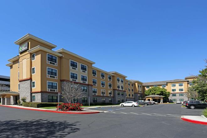Extended Stay America Orange County - John Wayne Airport - Newport Beach - Rakennus