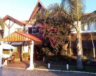 Hotel niagara inn - Atlántida - Building