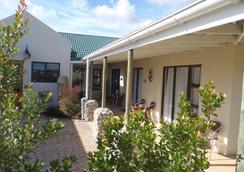 The Wacky Bush Lodge - Langebaan