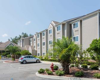 Microtel Inn & Suites by Wyndham Jacksonville Airport - Jacksonville - Gebouw