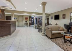 Microtel Inn & Suites by Wyndham Jacksonville Airport - Jacksonville - Aula